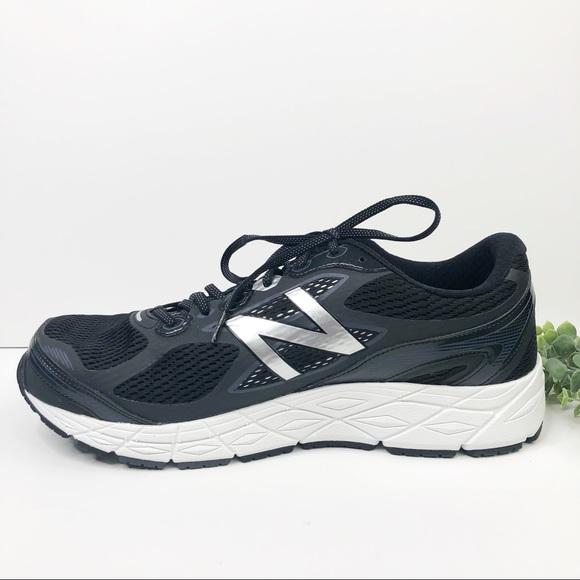 M840 V3 Running Sneaker Black White 14